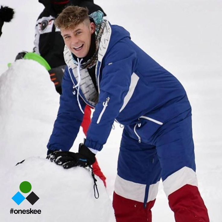 All in one ski suit. One piece snowboard suit for men and women. Check out @mtvgeordieshore @geordieshore legend Scotty T @ScottGShore in Chevron Blue Oneskee Mark III #oneskee #geordieshore #pow #snow