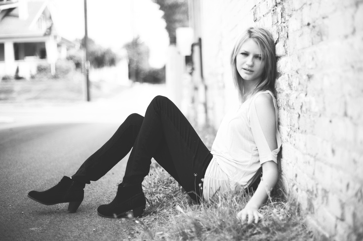 Senior Pictures - Girl.  Taken in alley in Mooresville, Indiana