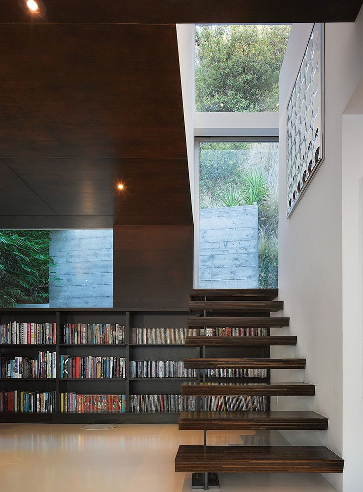 Residence in Hollywood Hills by Griffin Enright Architects
