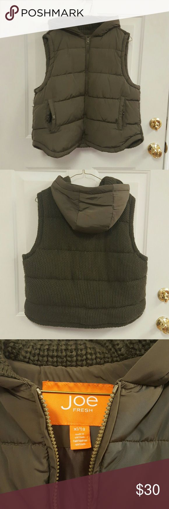 Joe Fresh army green puffer vest This Joe Fresh army green puffer vest has a hood and a knit back. It is super comfortable and warm. Gently worn Joe Fresh Jackets & Coats Vests