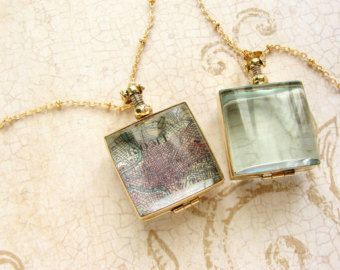 Collar de medallón oval vidrio biselado regalo de por soradesigns