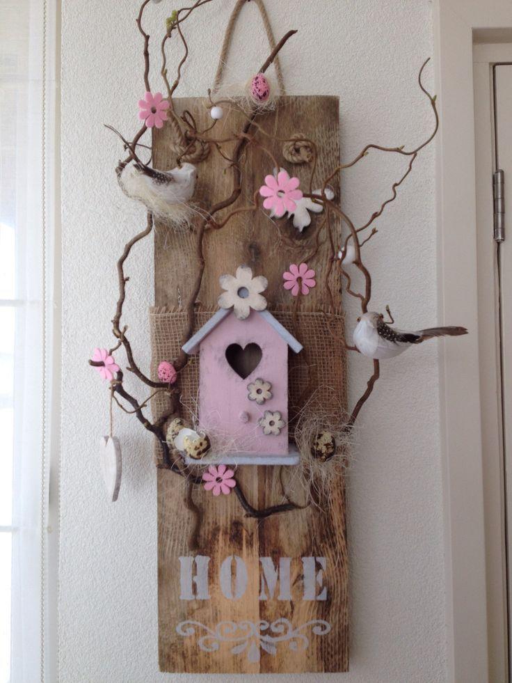 Calluna Cottage #diyhomedecor Holz und # Frühling Dekoration #shabbychic #garden #spring – Emine Çokluk   – Ostern