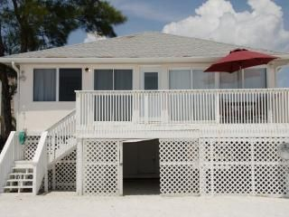 Beachshore Cottage Direct beachfront 3 BR Vacation Home just south of the Pier 1662 estero blvd. $2600 for one week end of nov.