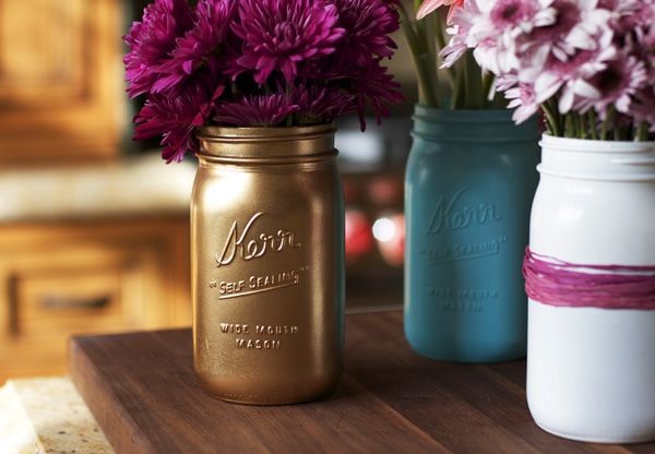 DIY Spray Painted Mason Jars | Lilyshop Blog by Jessie Jane