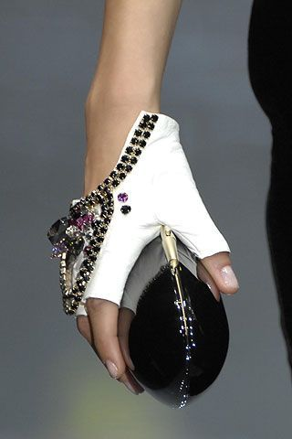 Armani Privé   Fall 2007 Couture Collection   Style.com