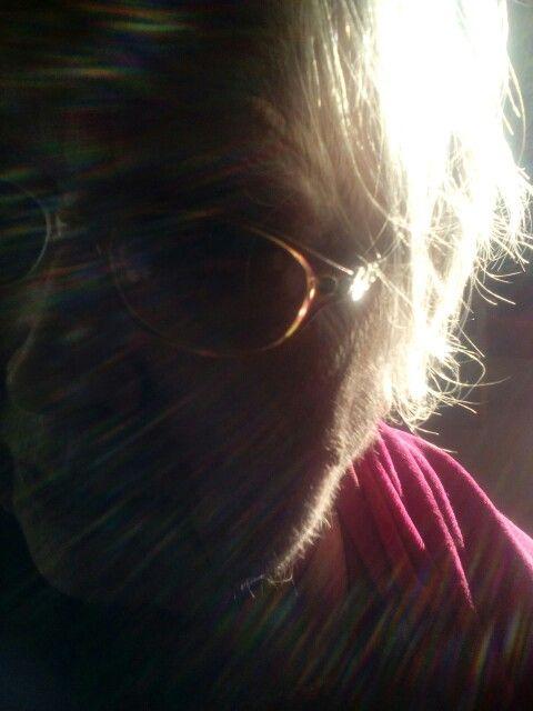 Valon leikki harmaahapsilla. ❤