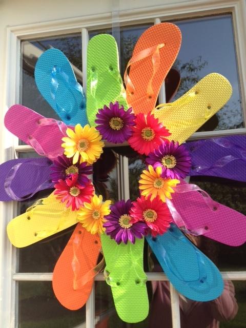 Flip Flop Wreath #summer #wreath #fun #flipflops