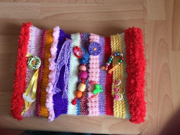 http://www.knittingparadise.com/t-348374-1.html