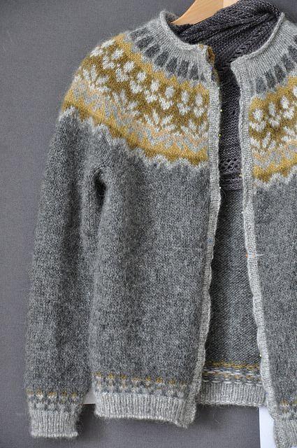 Ravelry: Kathme's Anticipation - fair-isle Islandic cardi knitting free pattern on Ravelry - thank you!