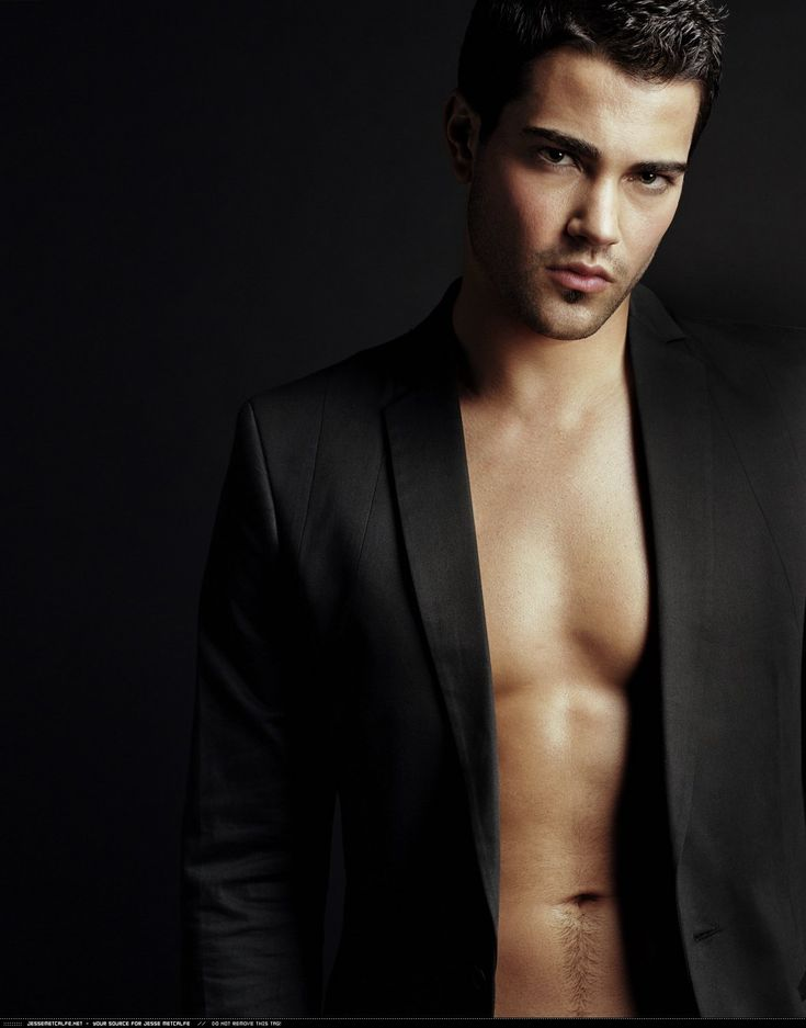 Jesse Metcalfe (born December 9, 1978) is an American actor best known for his roles as John Rowland on the ABC television series Desperate Housewives and as Miguel Lopez-Fitzgerald on the soap opera Passions, and John Tucker on John Tucker must die.