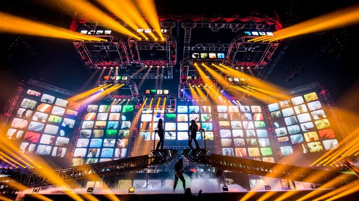 Trans-Siberian Orchestra (TSO) has officially been rocking for 20 years! Founded…