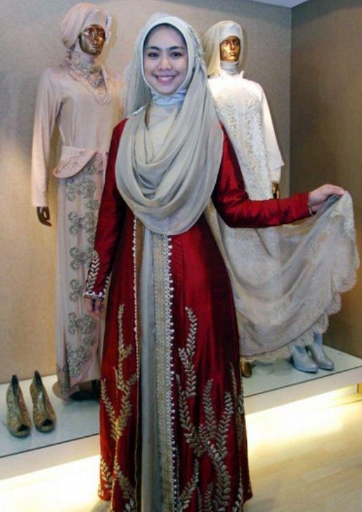 Gaun Pesta Muslim Kombinasi Terbaru