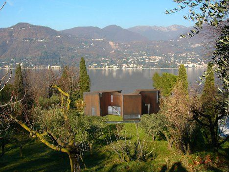 Steven Holl, Architect.   Lake house in Italy