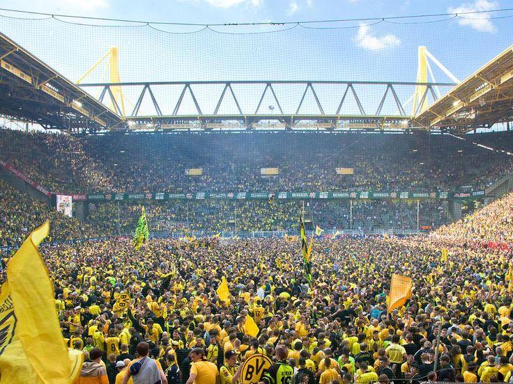 Borussia Dortmund                                                                                                                                                      Mehr