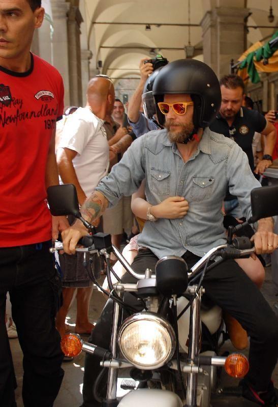 Jovanotti al Cortona Mix Festival: 'Il prossimo anno voglio far parte dell'organizzazione del festival' - La Nazione foto