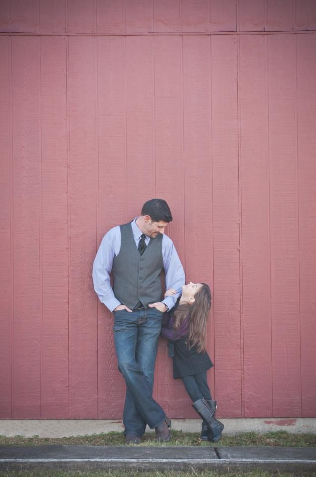 Foto de padre e hija sonriendo
