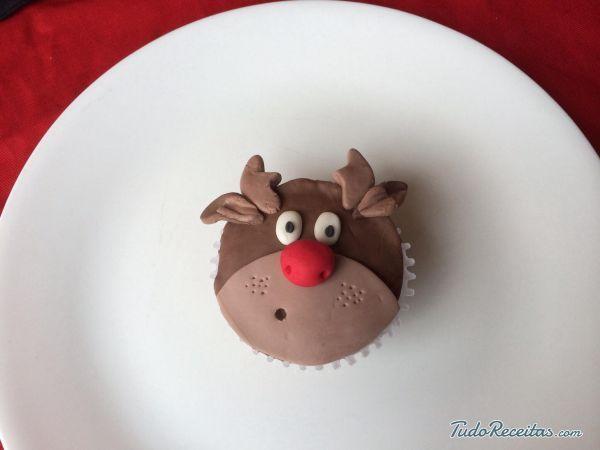 Receita de Cupcakes de rena de Natal - 9 passos