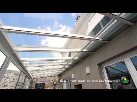LE ROLAX AKENA vous propose pour une toiture verre un système d'occultation et bouclier thermique dénommé ROLAX. Source d'économies de chauffage en hiver, il affiche des performances encore plus spectaculaires l'été. Il agit comme un bouclier thermique contre l'effet de serre pour vous assurer ombre et fraîcheur