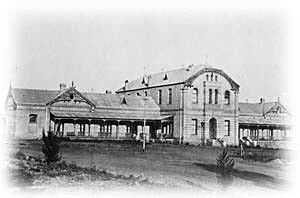 """Old """"Volkshospitaal"""" The first hospital in Pretoria,was in an old house near the military barracks in Potgieter St.The foundation stone of a new 'Volkshospital' was laid by President S J P Kruger on 21 June 1890 and made provision for 130 beds."""