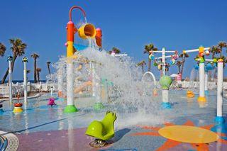 Aqualand @ Holiday Inn Resort on Panama City Beach- Looks kid friendly to me!!