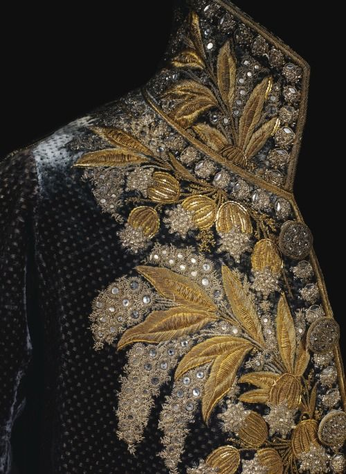 fripperiesandfobs:  Court coat of Marshal Louis Alexandre Berthier, Prince de Wagram, 1799-1815 From Sotheby's