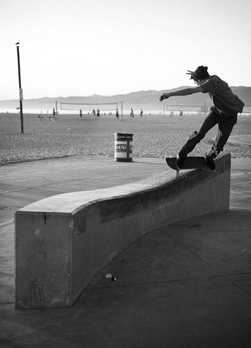 beach, skateboard, skating, skate, beanie.