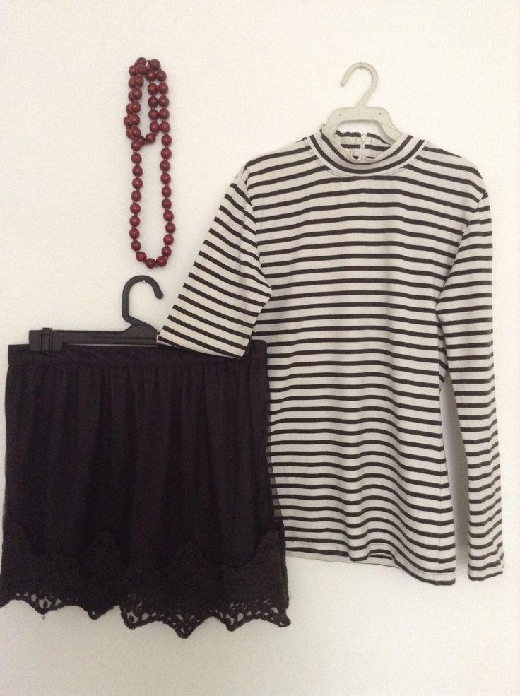 Venta ropa segunda mano http://loszapatosqueseanrojos.bigcartel.com #secondhand #falda #segundamano #rayas #collar #necklace #skirt #t-shirt #ventas #sales #loszapatosqueseanrojos
