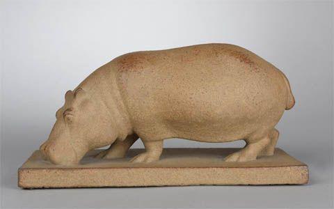 """Armand Petersen (1891-1969). Un """"Hippopotame"""" de la Manufacture de Sèvres va être mis aux enchères par Art-Valorem le 21/04/2017. Il a été édité 53 fois entre 1928 et 1955 dont 9 en 1955 dont il fait partie."""