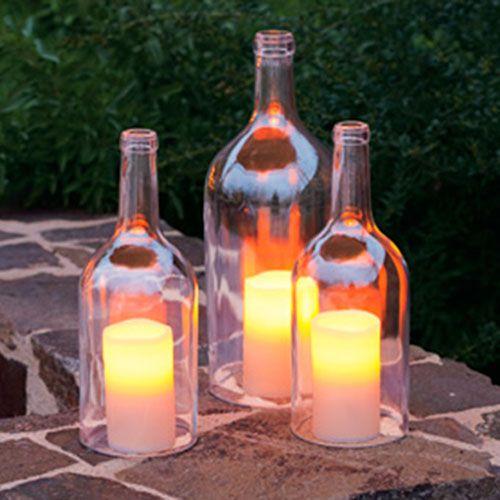 Har du förrådet fullt med gamla PET-flaskor, glasflaskor eller andra tomflaskor? Här är tio roliga DIY-pyssel du kan göra!