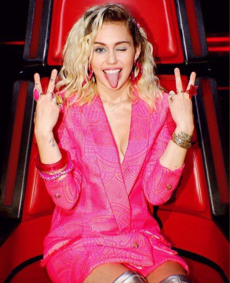Miley Cyrus on The Voice 2016
