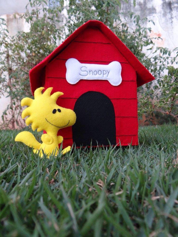 Casinha Snoopy e Woodstock ... Em feltro!!