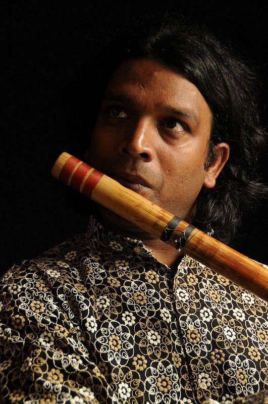 Vinod Prasanna - World Folklines.  Performing at the Woodford Folk Festival 2014/15.  For more info visit: http://www.woodfordfolkfestival.com