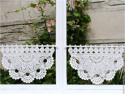 les 2371 meilleures images propos de rideau sur pinterest cuisine filet crochet et rideaux. Black Bedroom Furniture Sets. Home Design Ideas
