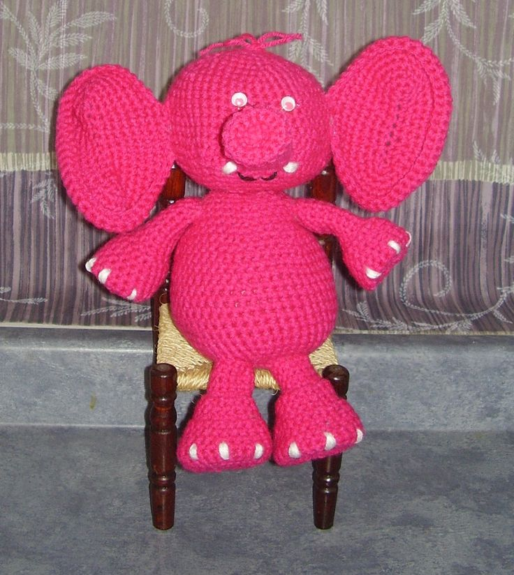Yikes...a pink elephant in dah room