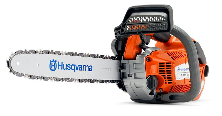 The Husqvarna T540 XP® petrol chainsaw is an extremely high performance top handle chainsaw, designed for use by professional arborists only. As a professional chainsaw user, we know that reliability, ergonomics and speed is key to you and your business, that's why all Husqvarna chainsaws are built to the highest standard with true user focussed features to make your job easier. That's why this arborist chainsaw is built around the needs of the user. Not only does this top handle chainsaw…
