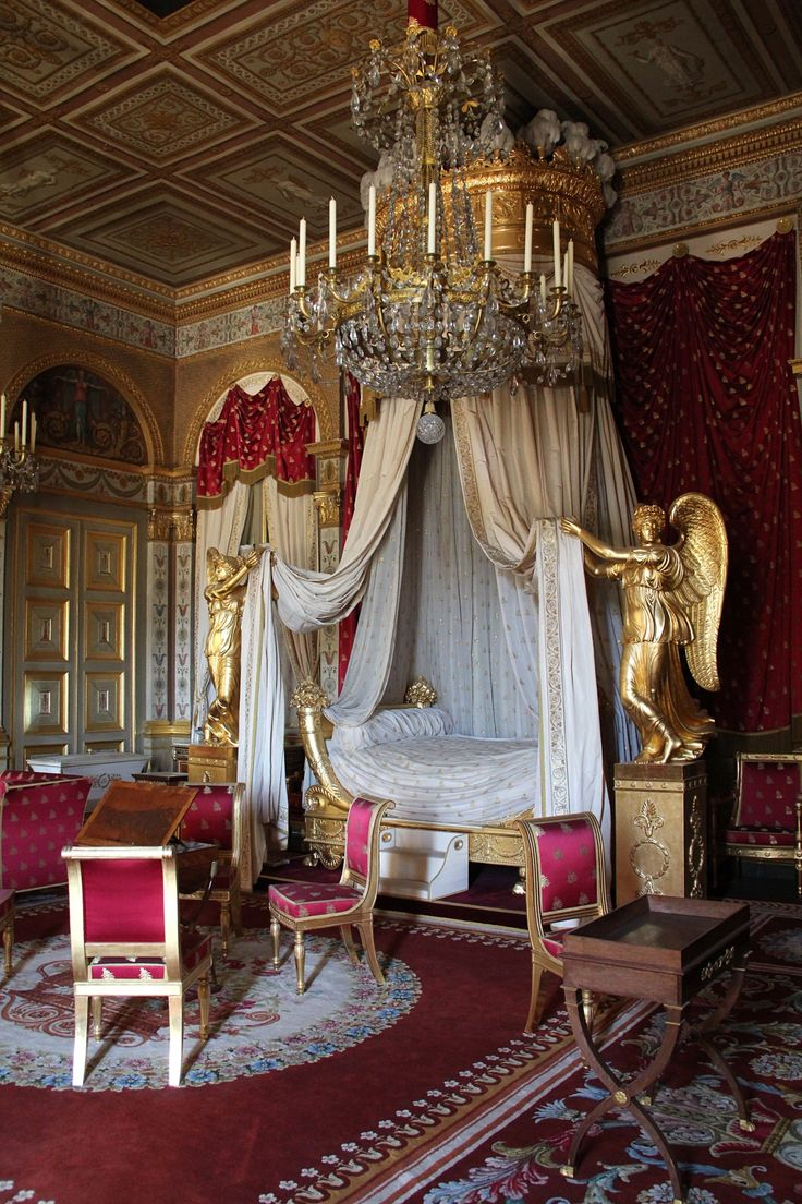 Bedroom of the Empress, Chateau de Compiegne, Compiegne, France