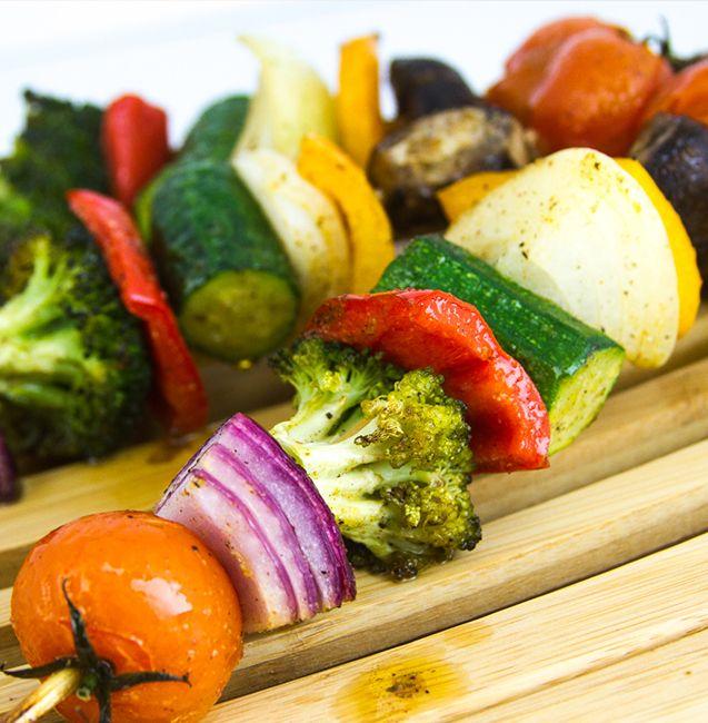 DIsfruta de la combinación de deliciosos vegetales y saborizadores MAGGI®, una opción saludable que puedes compartir en familia.