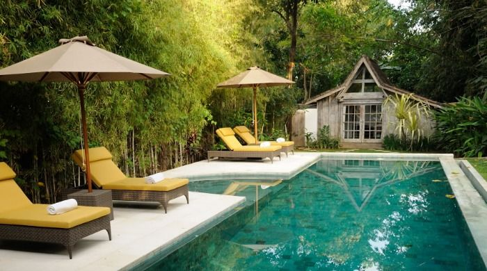 Relax and unwind in the delightful water of my pool