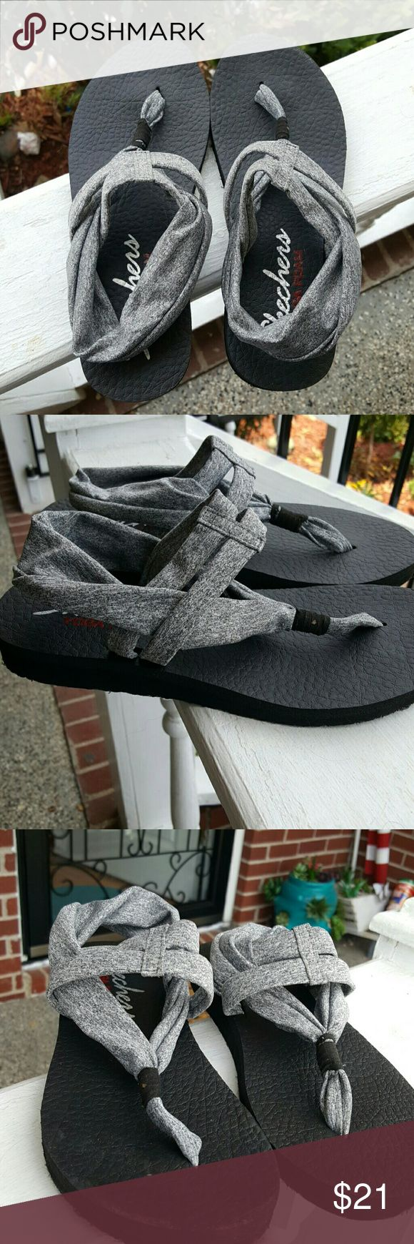 Sketchers yoga sandals sz 8 Like new, very comfortable! Sized 8. sketchers  Shoes Sandals
