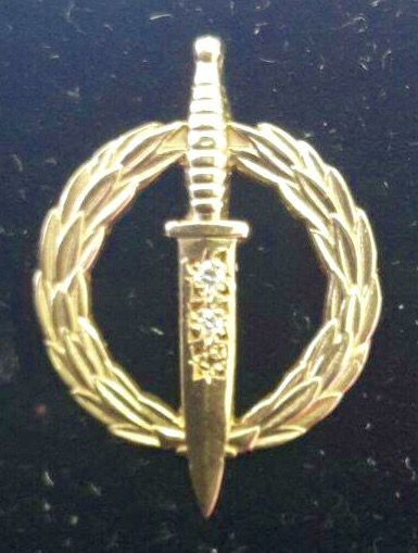 Recce operator badge (mess dress) 30 year active service