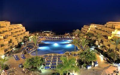 Beautiful resort by the ocean wallpaper