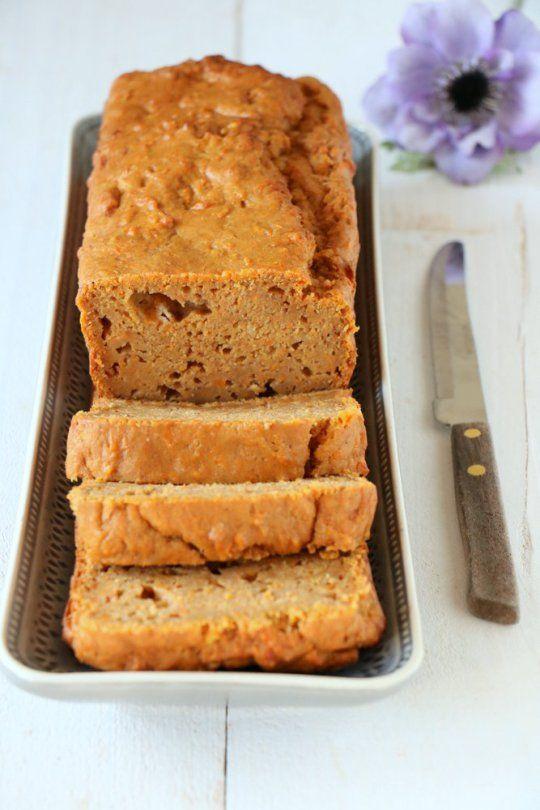 Zoete aardappelbrood > bloem, yoghurt, eieren, zoete aardappel, boter, suiker, specerijen