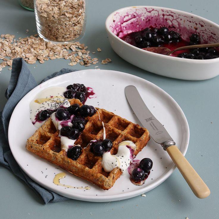 Dit recept is zó lekker, daar kun je haast niet van afblijven! De basis van deze wafels is Brinta Oergranen, een combinatie van vijf overheerlijke granen, zoals rogge, haver, gerst, tarwe en spelt. Deze nieuwe granenvariatie is rijk aan vezels en een...