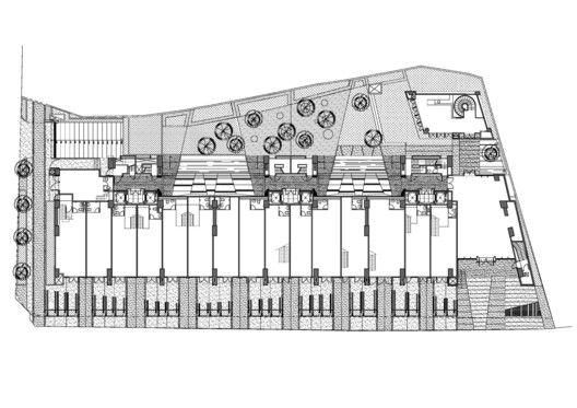 Edificio de Viviendas en Taipei / Chin Architects,Planta 01