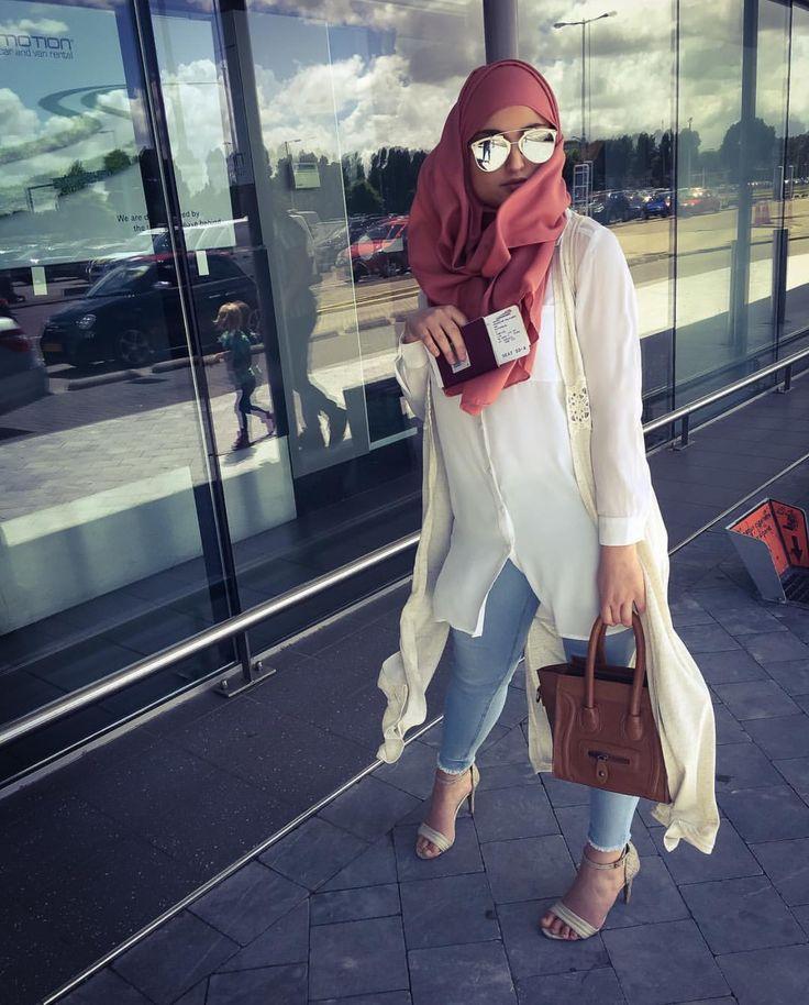 Pinterest @adarkurdish hijab style http://amzn.to/2sC6CIV