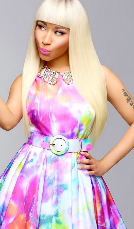 #Nicki Minaj, Love this outfit it is really simple, love the belt and makeup also!!