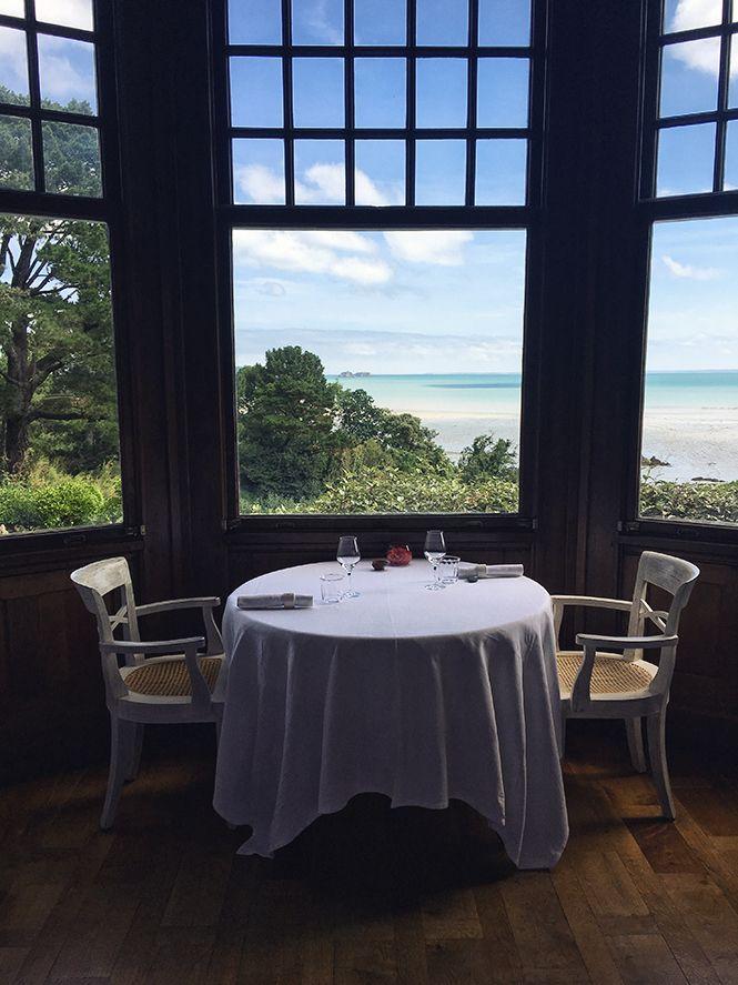 Le Château Richeux et la table du restaurant Le Coquillage à Cancale (Olivier Roellinger)  Avant de partir me reposer en août, je ne voulais pas vous quitter sans vous parler de l'une des rencontres qui m'a le plus émue en juillet. Au tout (...)