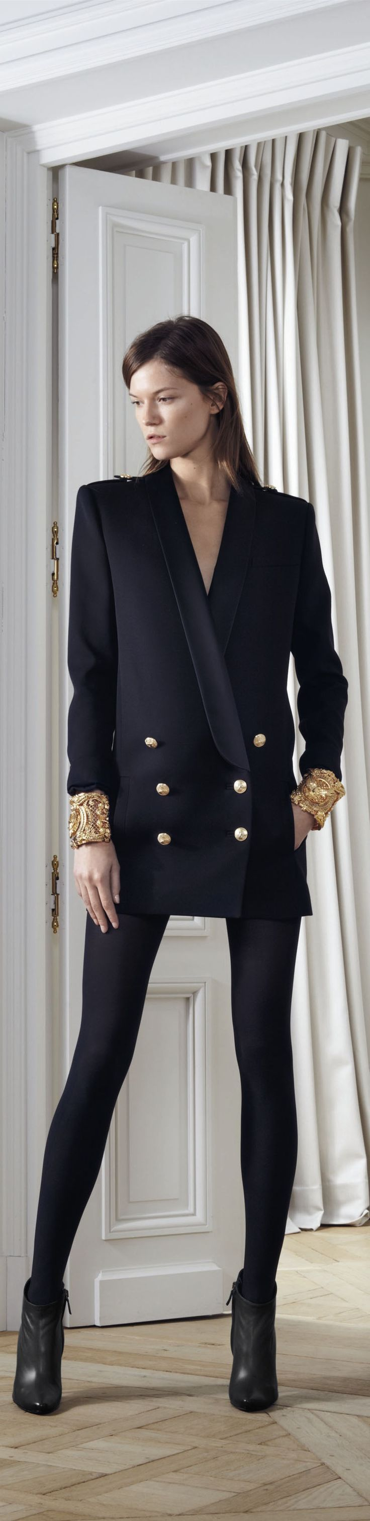 ✜ Balmain - Pre-Fall 2012 2013 RTW ✜  http://www.vogue.it/en/shows/show/fw-12-13-pre-fall/balmain
