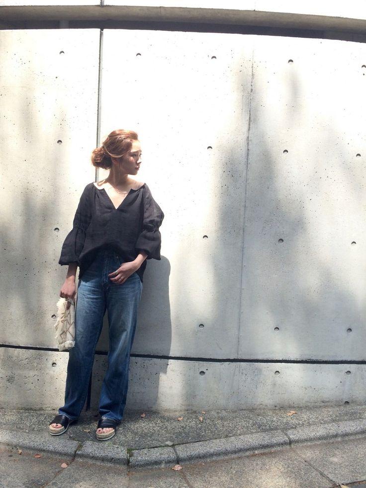 LIFE's#203代官山店   ayano.さんのシャツ/ブラウス「TODAYFUL リネンラグランブラウス」を使ったコーディネート