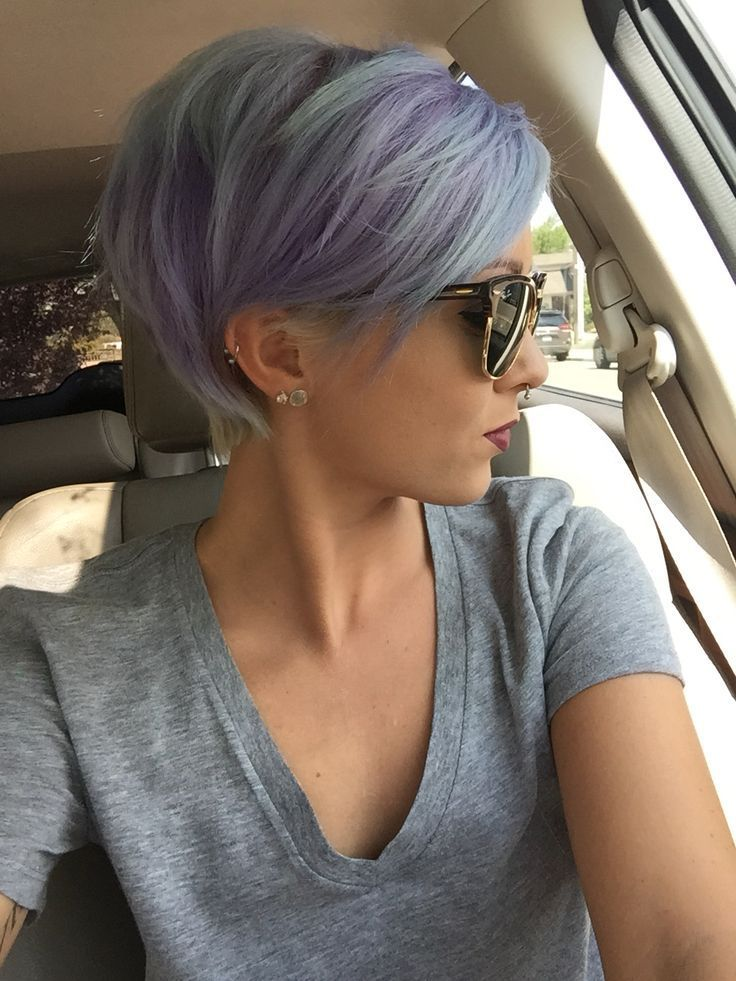 Short pixie hairstyle with dyed pastel purple and blue colors - http://ninjacosmico.com/24-dyed-hairstyles-try/